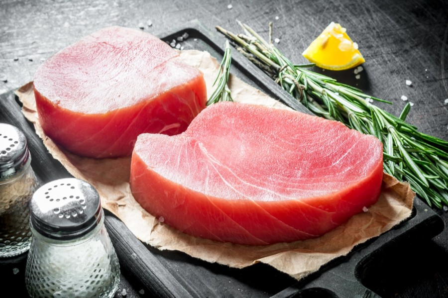 "Gelsvauodegio tuno filė ""Sashimi"", glazūruota, 25 kg, šaldyta"